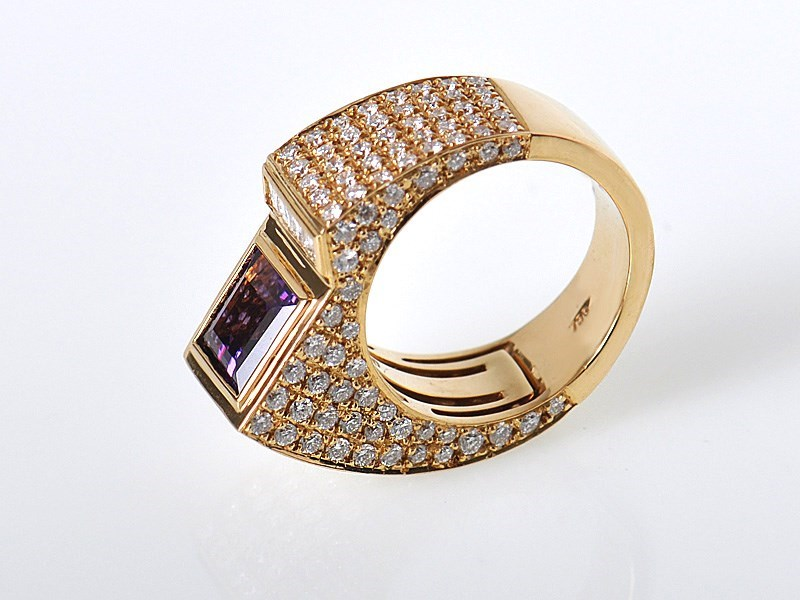 Technomarine Yellow Gold Diamond & Amethyst Sculpted Ring
