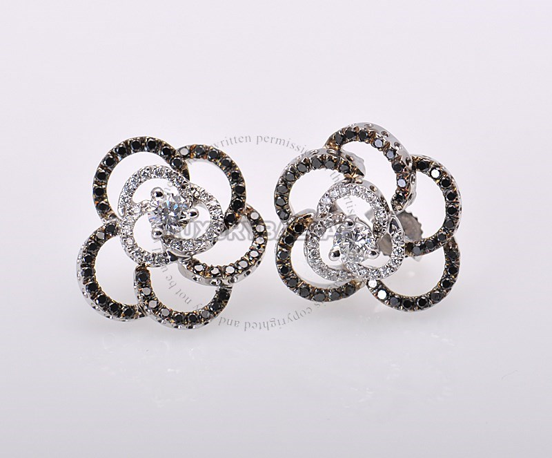 18K White Gold Black & White Diamond Flower Earrings