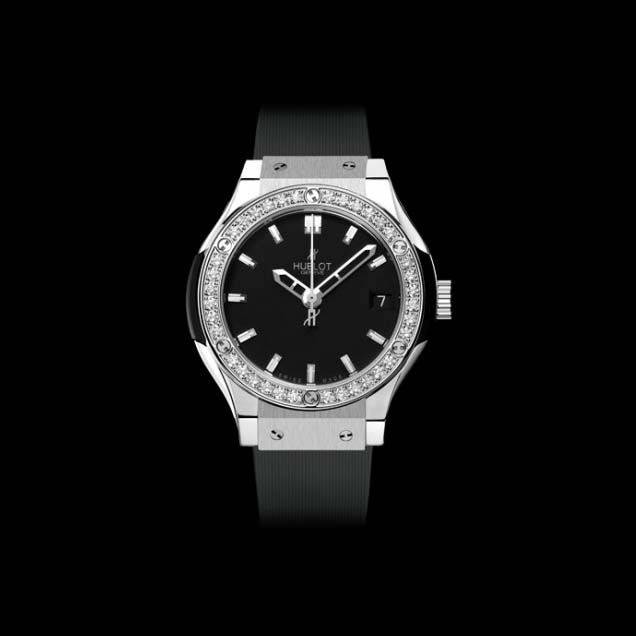 Classic Fusion Titanium Diamonds 33mm 581.NX.1170.RX.1104