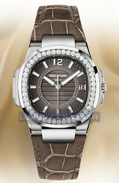 Nautilus Ladies 7010G-010
