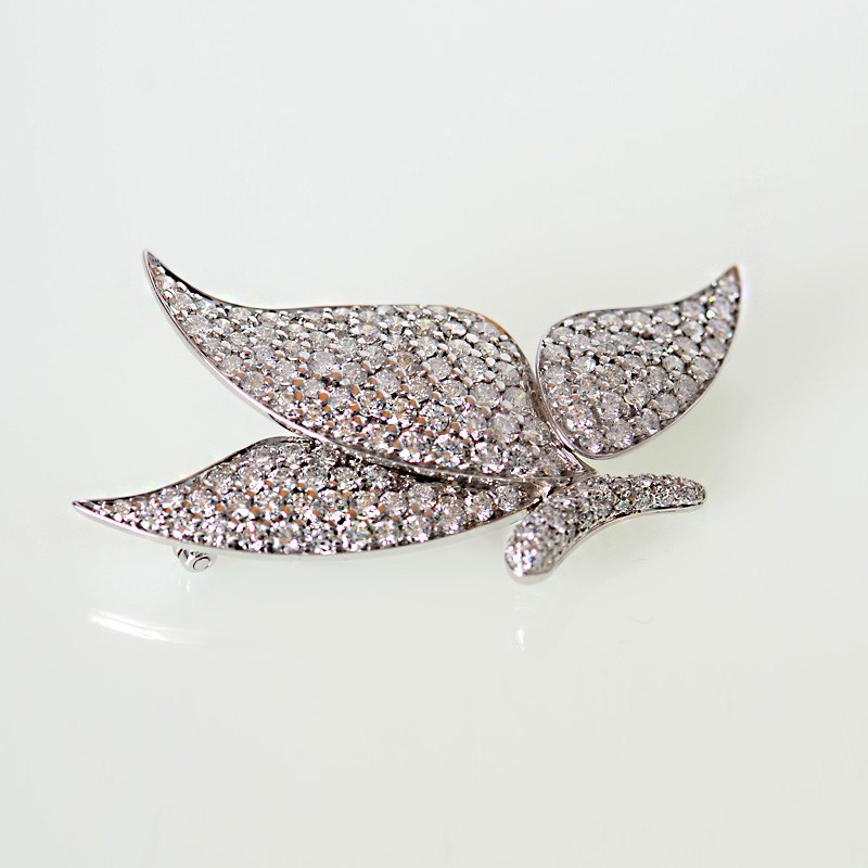 18K White Gold Diamond Papillon Pin