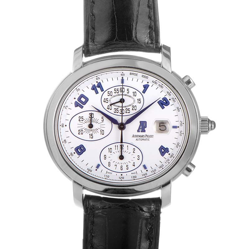 Millenary Chronograph 25822ST.OO.0001CR.01