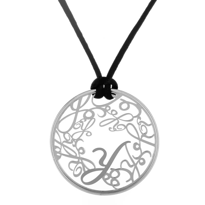 Y 18K White Gold Round Pendant Necklace with Black Silk Cord