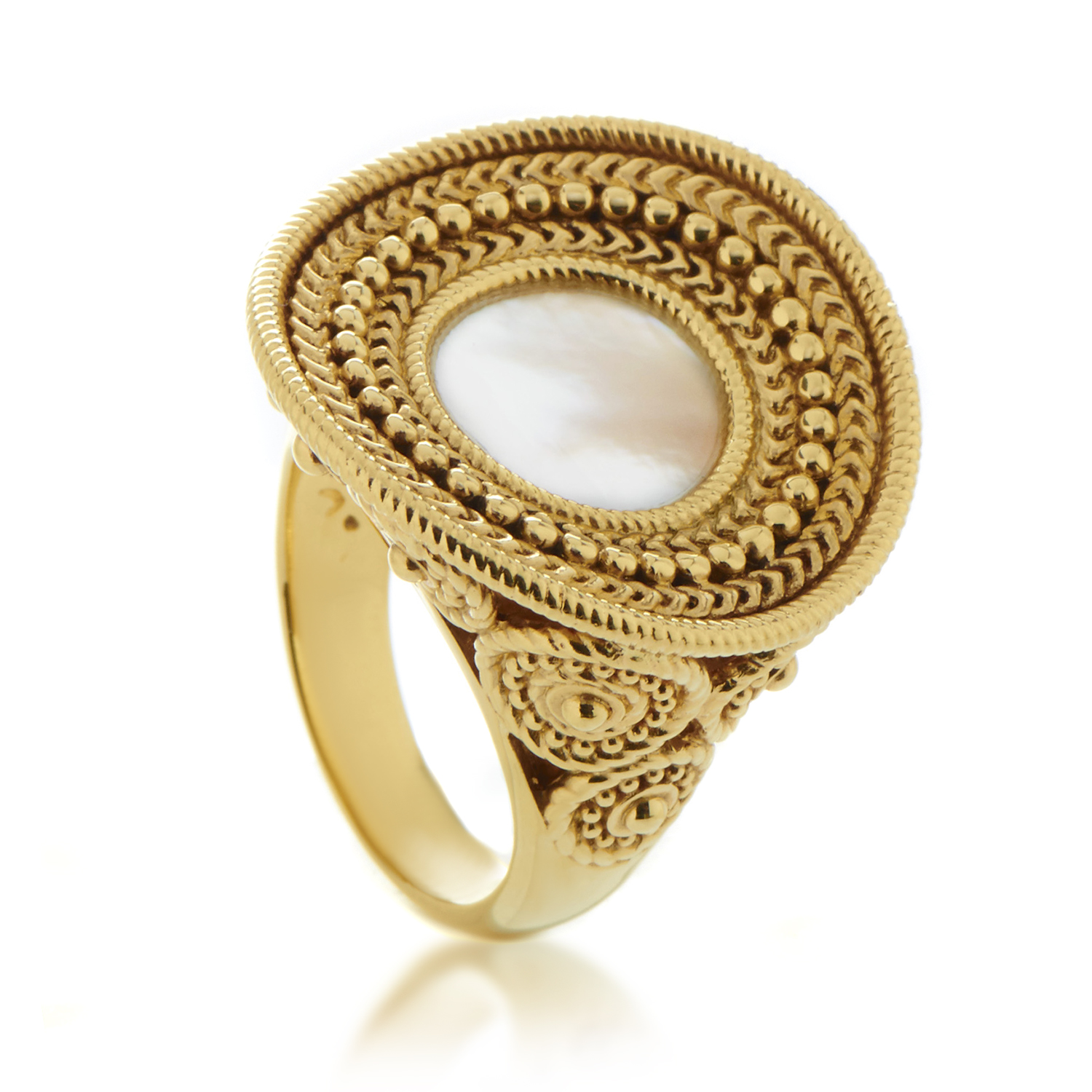 Ruedo Women's 18K Yellow Gold Mother of Pearl Cocktail Ring