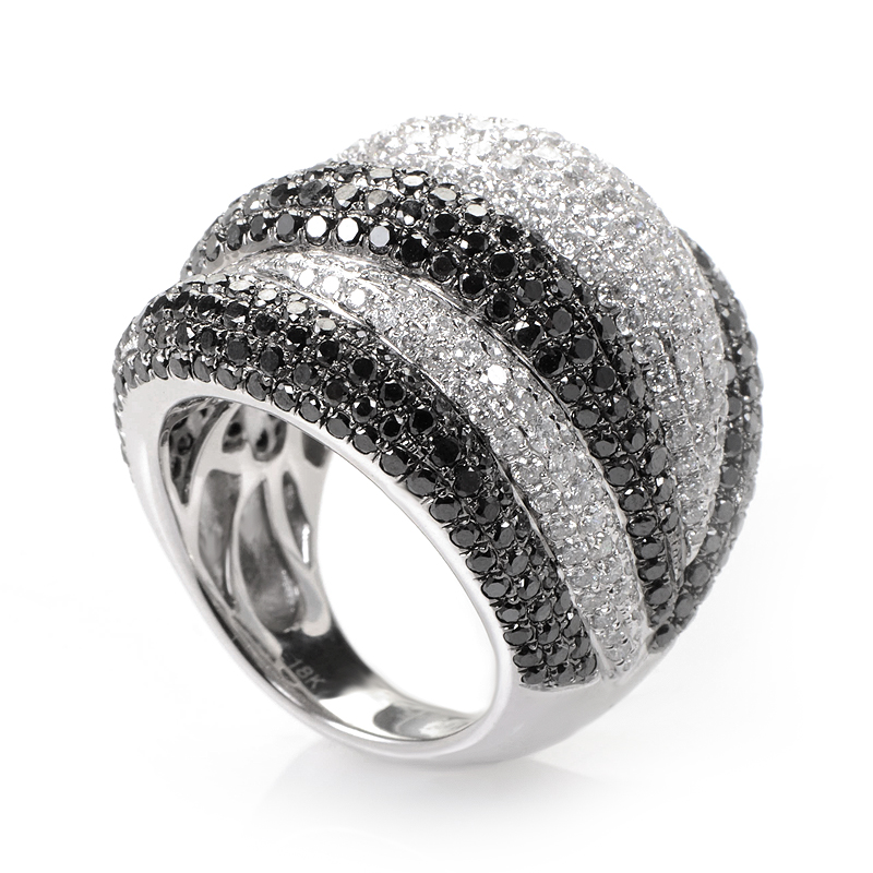 18K White Gold Black and White Diamond Pave Ring CRR9096