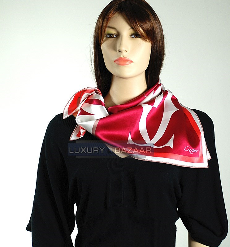 Double C Logo Scarf  in Squares in Melon and Red