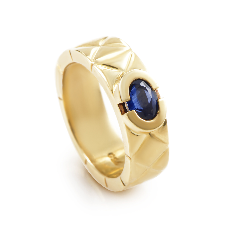 Chanel Matelasse Women's 18K Yellow Gold Sapphire Cabochon Band Ring