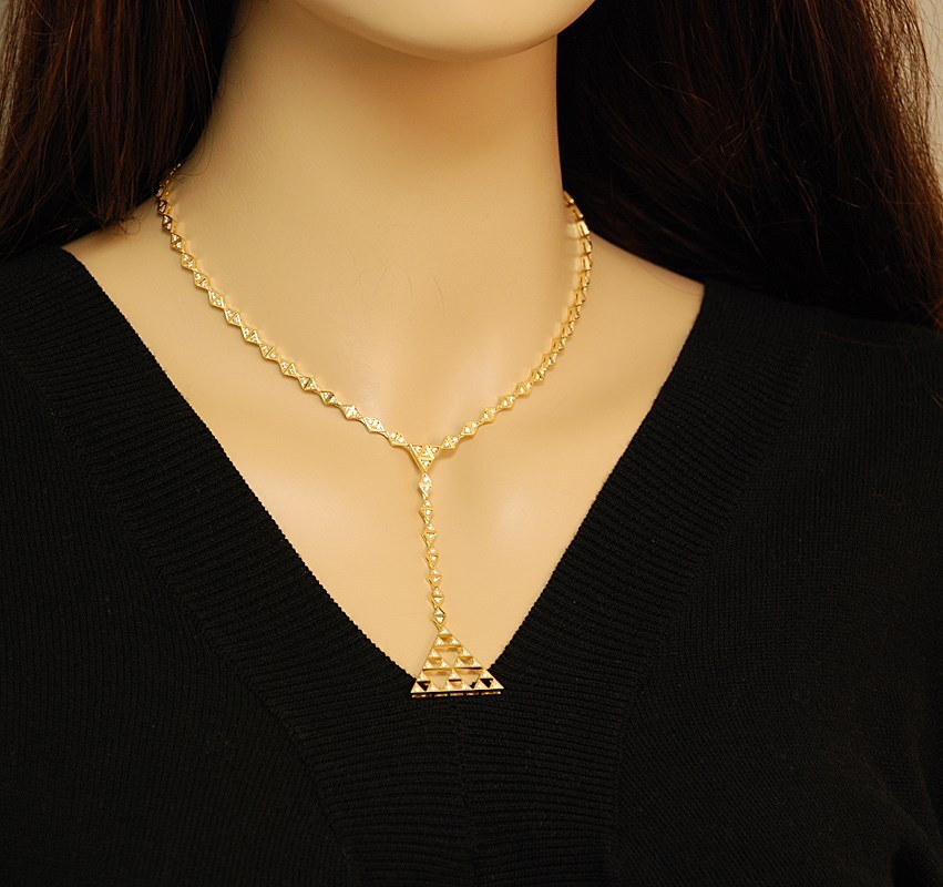 18K Yellow Gold Hanging Pyramid Necklace