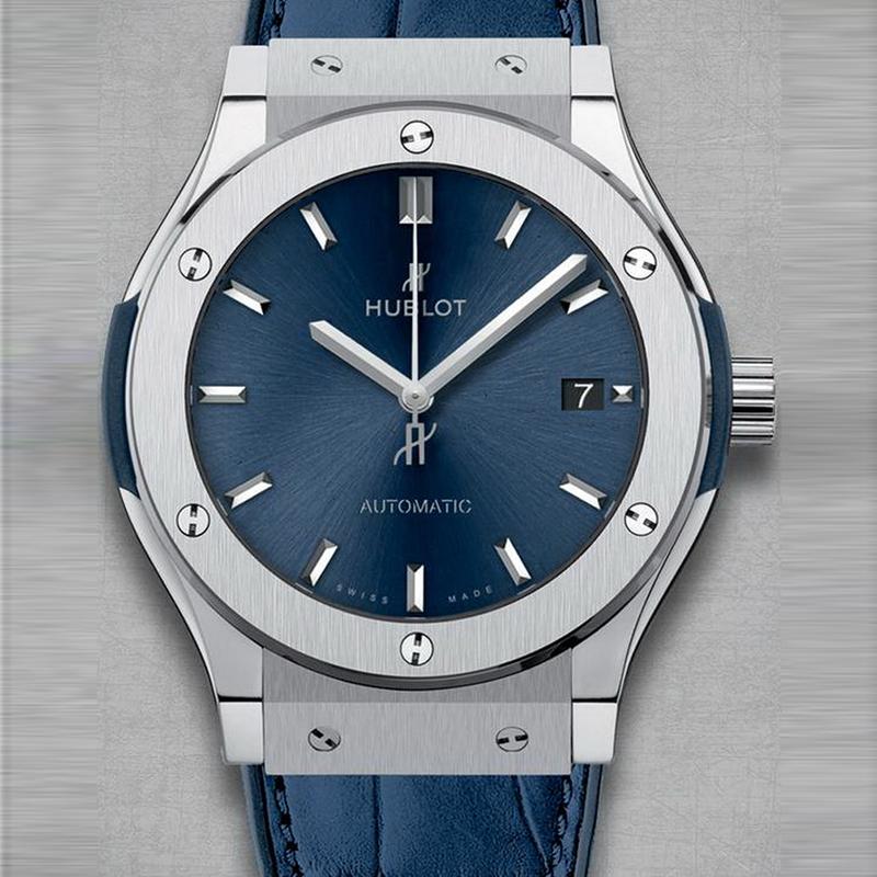 Classic Fusion Blue Titanium 511.NX.7170.LR (Titanium)