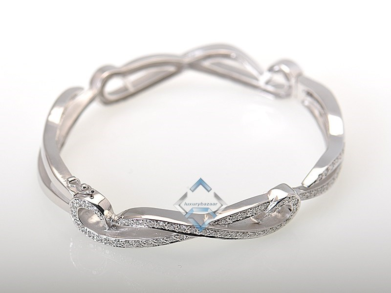 Elegant 18K White Gold Diamonds Bangle