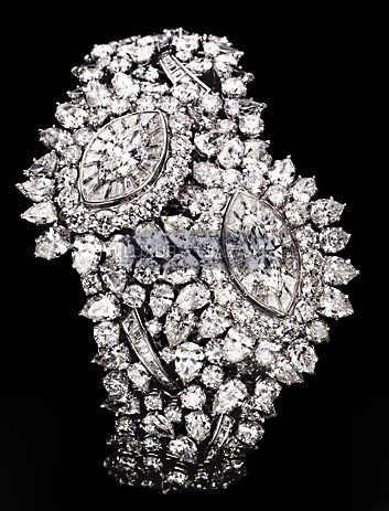 Exceptional Timepieces Limelight Secret Watch Leaves Inspiration Diamond Watch GOA34135