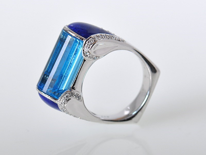 Striking 18k White Gold Topaz Lapis Diamond Bar Ring