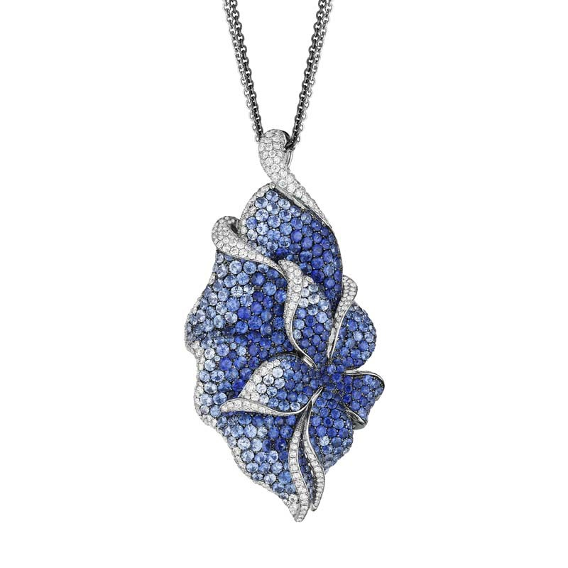 18K White Gold Diamond & Sapphire Blooming Pendant Necklace