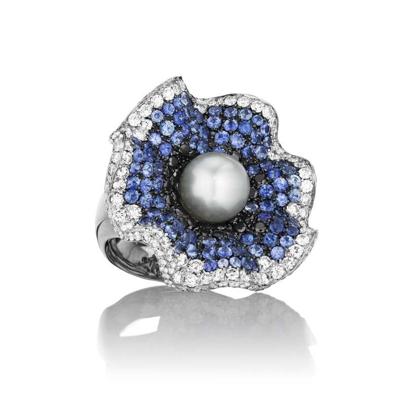 18K White Gold Pearl Blossom Ring