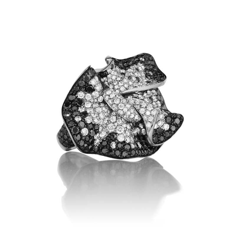 18K White Gold Perfect Elegance Ring