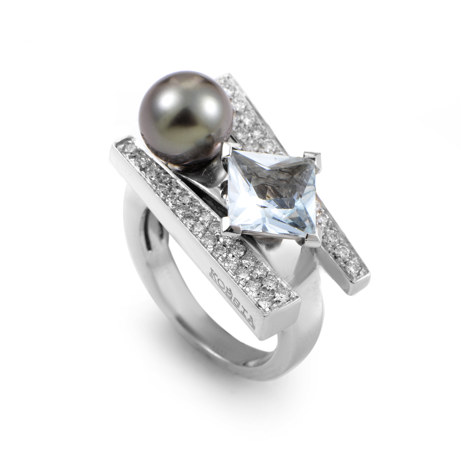 18K White Gold Aquamarine and Pearl Diamond Ring