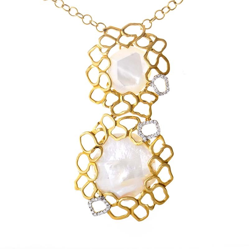 18K Yellow Gold Mother of Pearl & Diamond Pendant Necklace