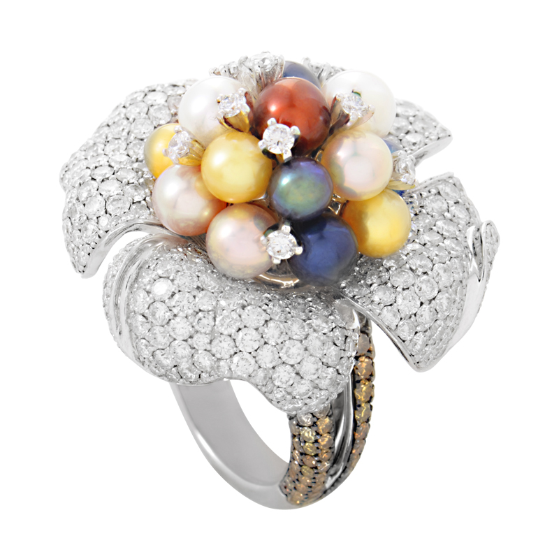 18K White Gold Diamond & Pearl Blossom Ring RJ7737BD-MP