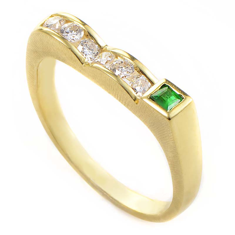 18K Yellow Gold Diamond & Emerald Curved Band Ring MFC35-122013YEM