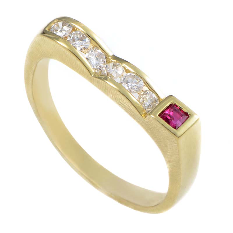 18K Yellow Gold Diamond & Ruby Curved Band Ring MFC36-122013YEM