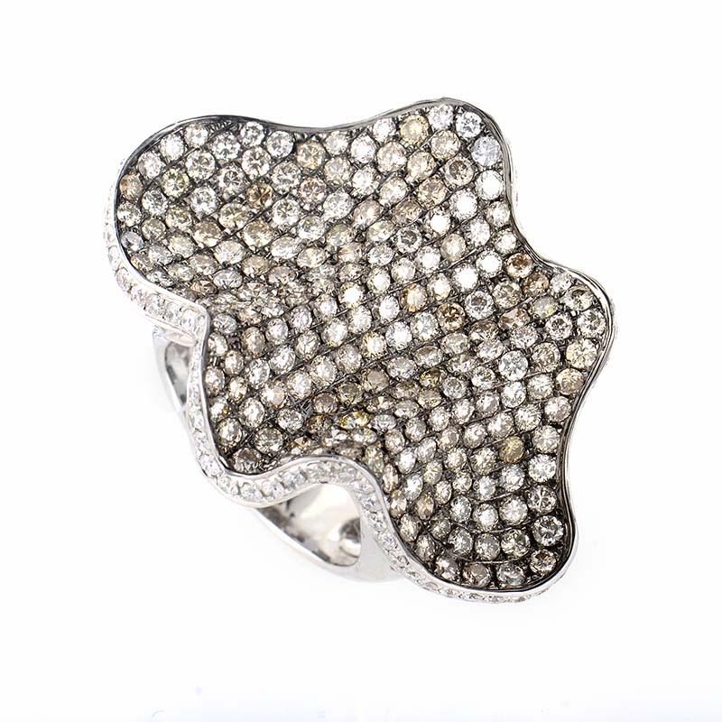 Wavy 18K White Gold Multi Diamond Ring