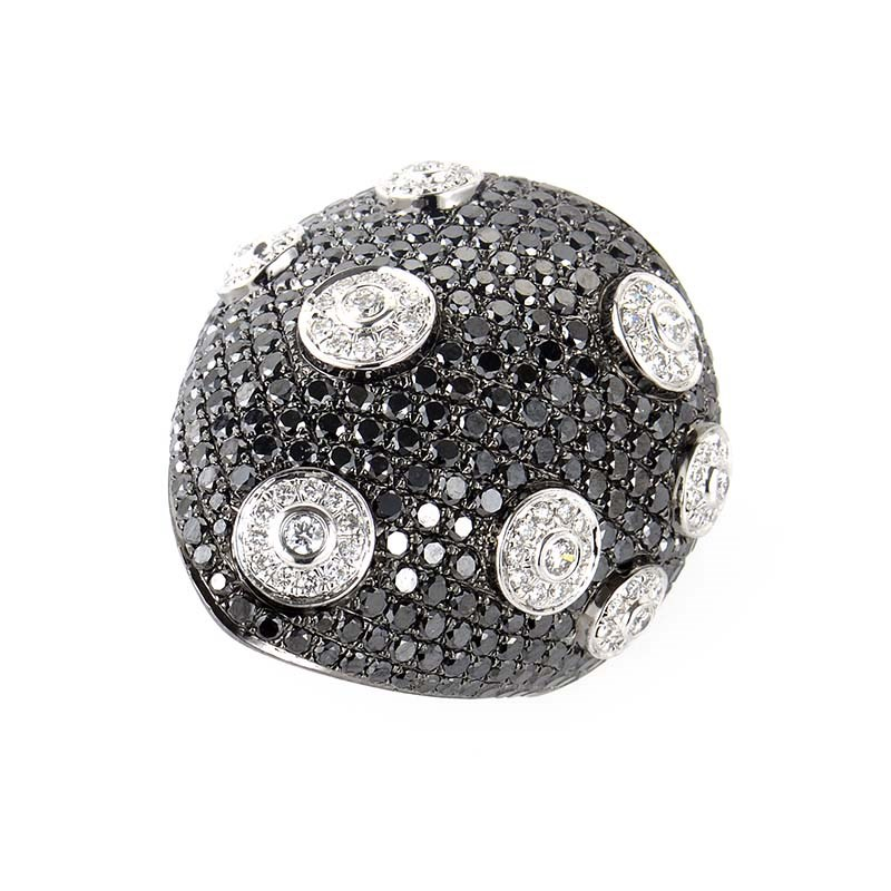 18K White Gold Black & White Diamond Ring