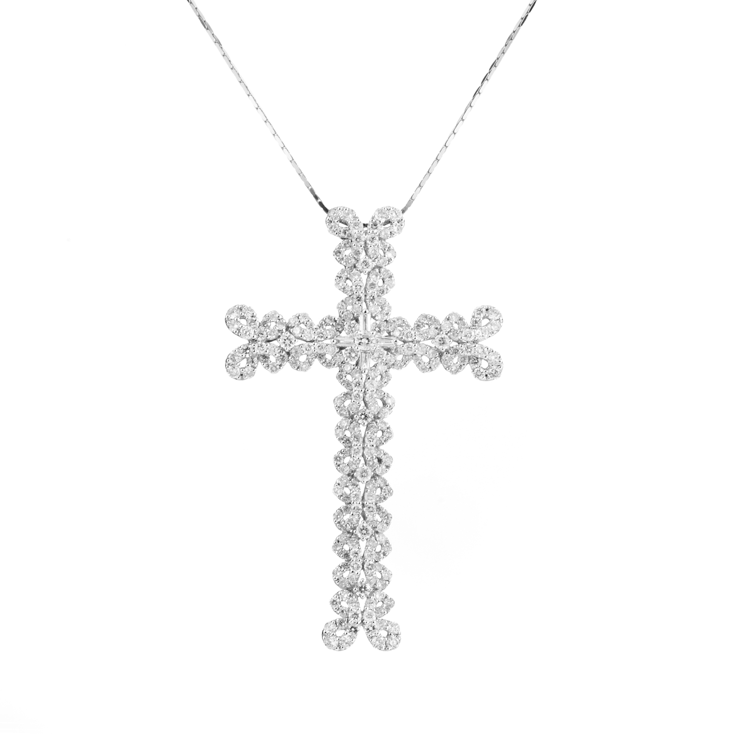 18K White Gold Woven Diamond Cross Pendant Necklace EC-61-031616
