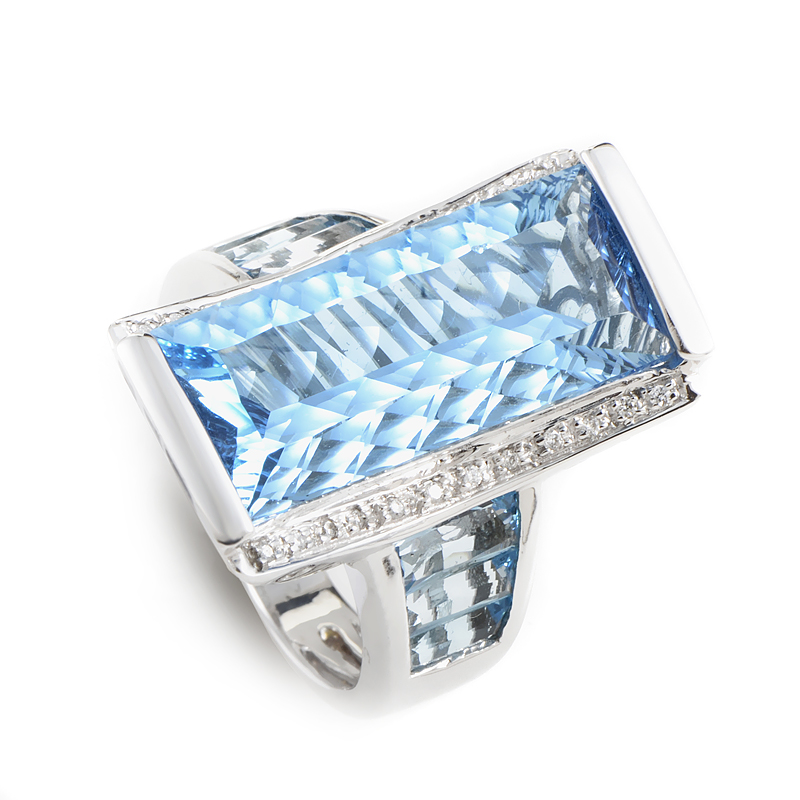 18K White Gold Topaz & Diamond Ring 21356282