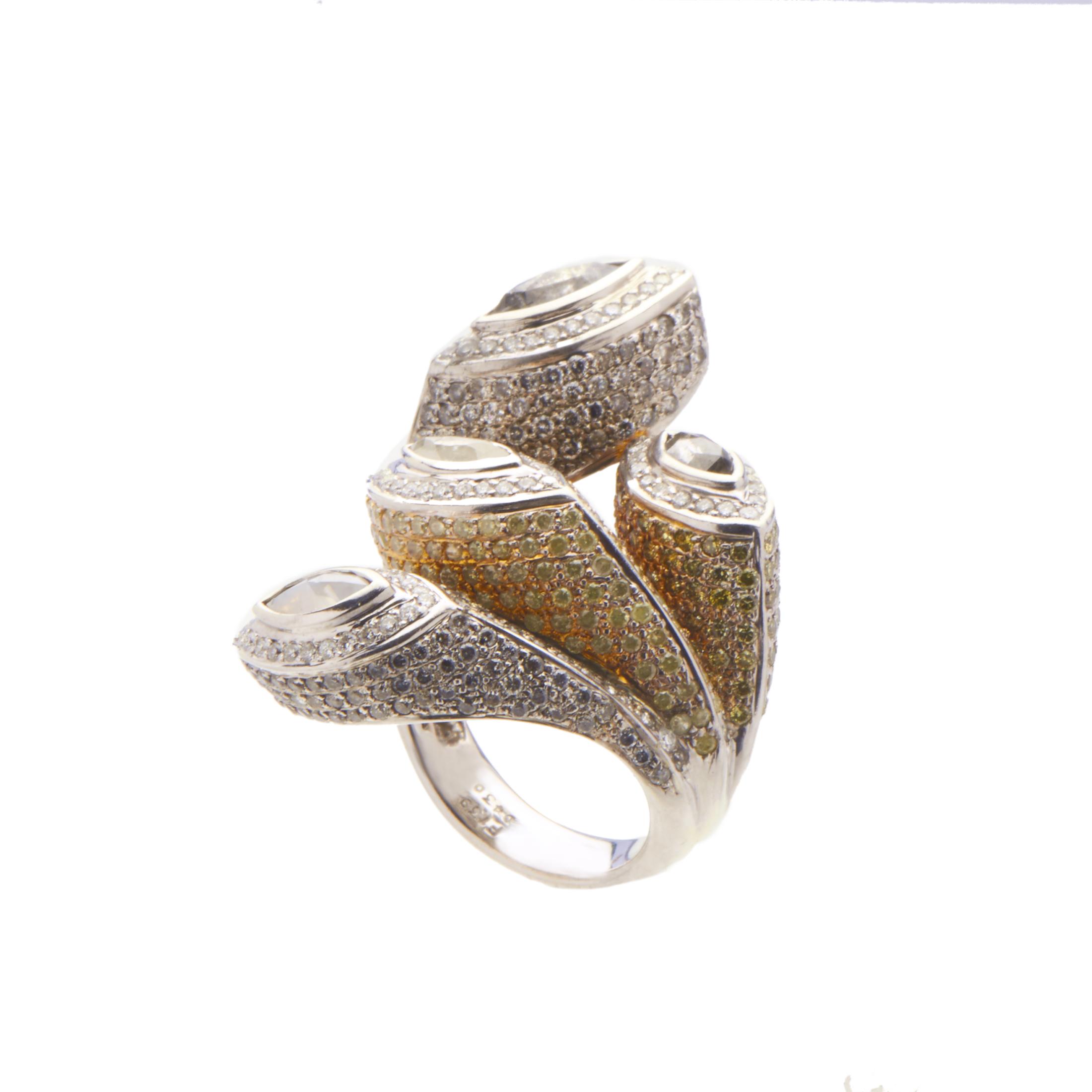 Women's 18K White Gold Multi-Diamond Ring KH0108233AC