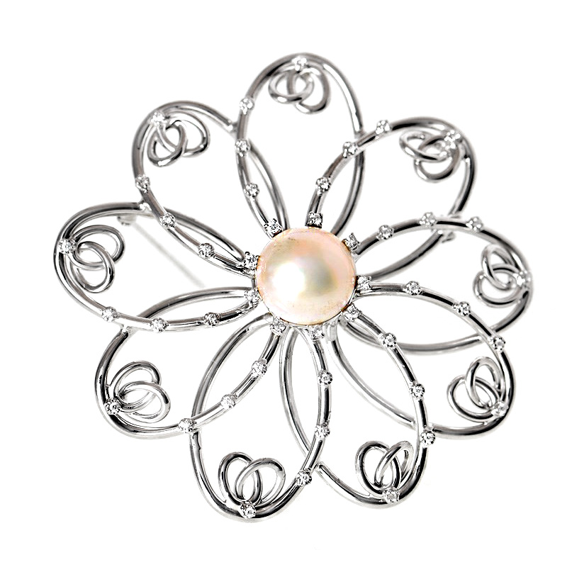 18K White Gold Diamond Mother of Pearl Large Pin