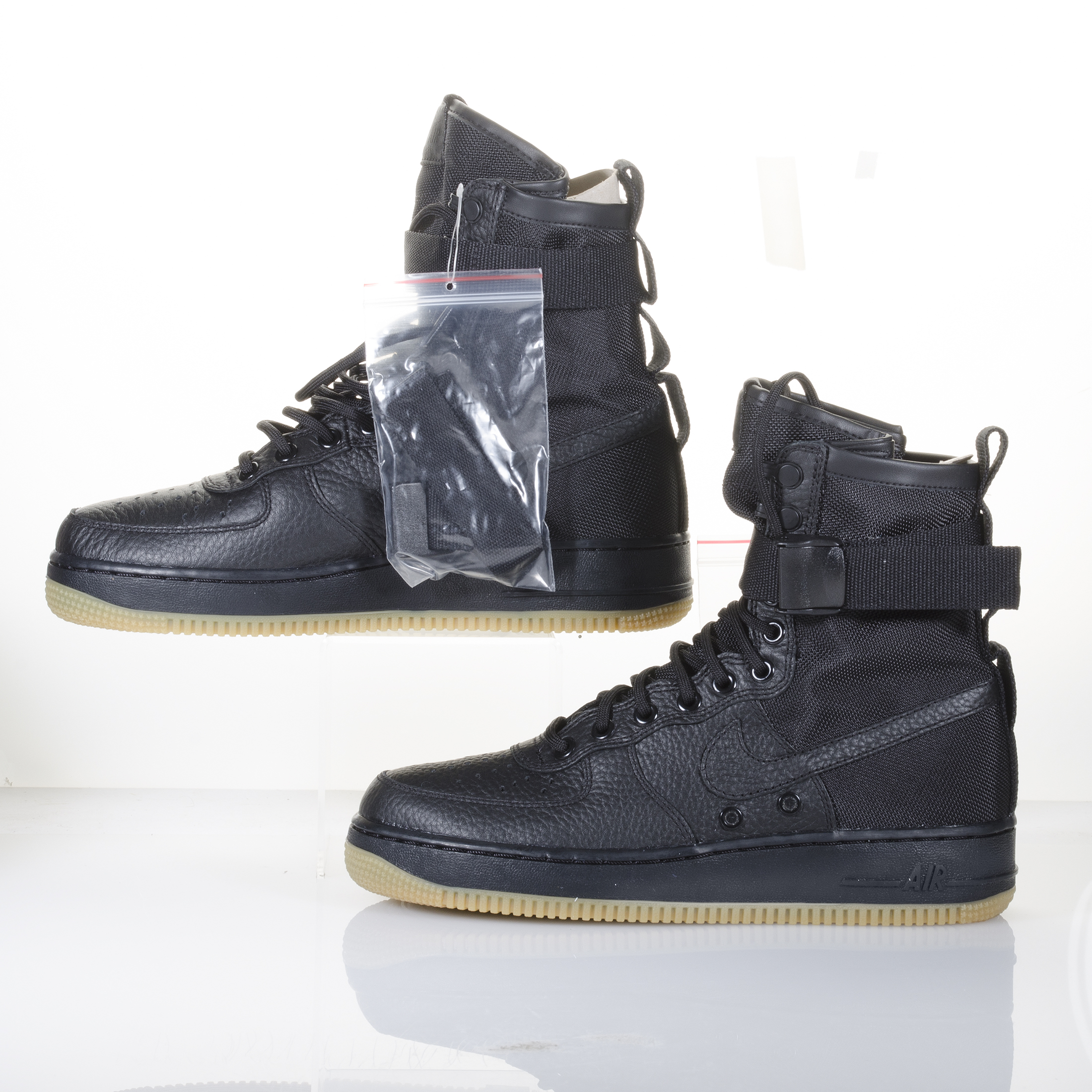 nike air force 1 sf af1 black gum high top supreme. Black Bedroom Furniture Sets. Home Design Ideas