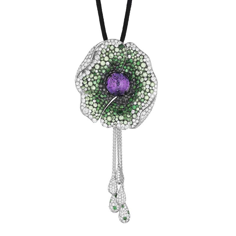 18K White Gold Dreamy Meadow Pendant Necklace