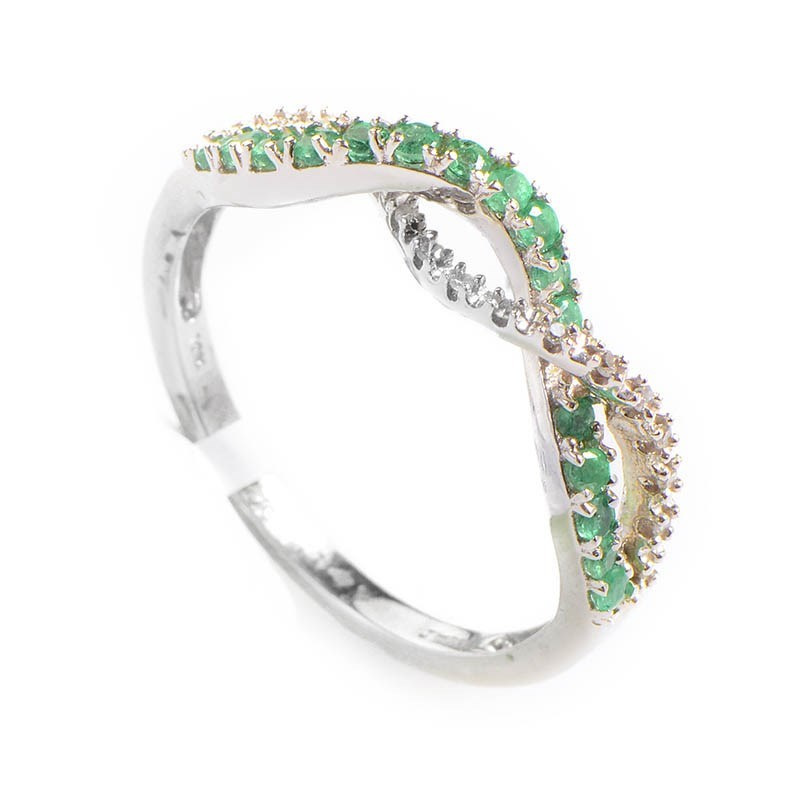 10K White Gold Diamond & Emerald Braided Ring