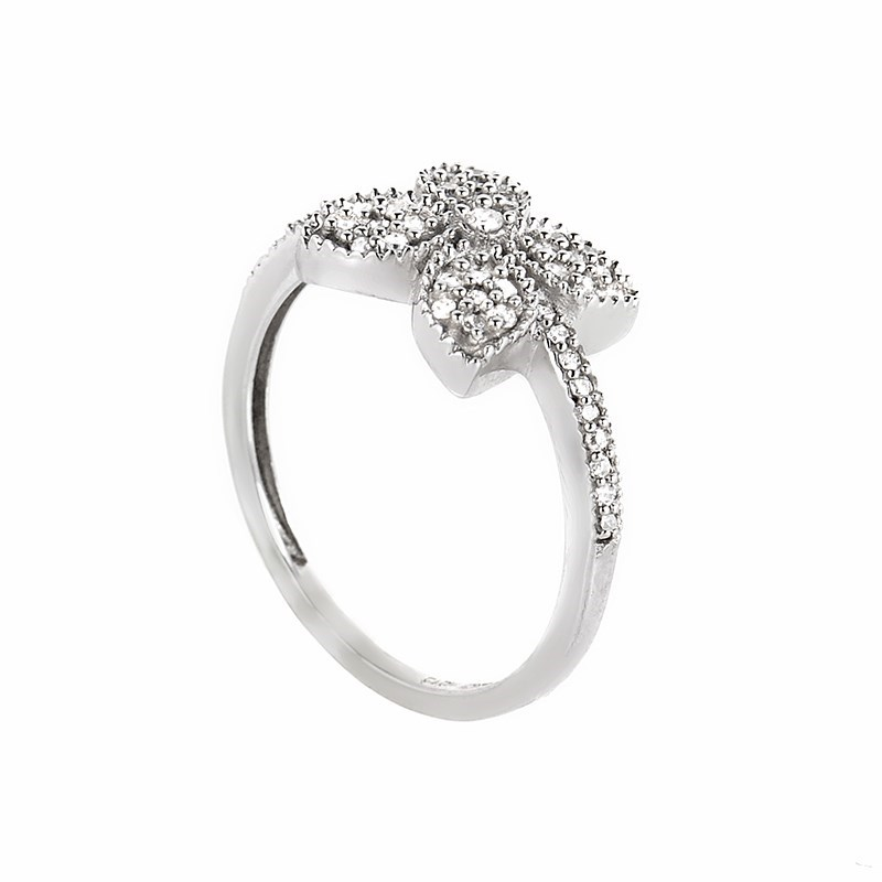 10K White Gold Diamond Set Flower Ring