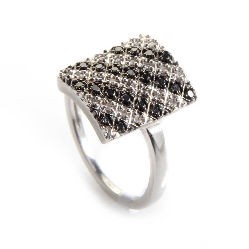 10K White Gold White & Black Diamond Ring