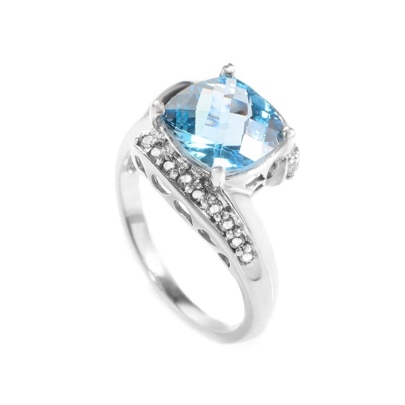 10K White Gold Topaz & Swirled Diamonds Ring
