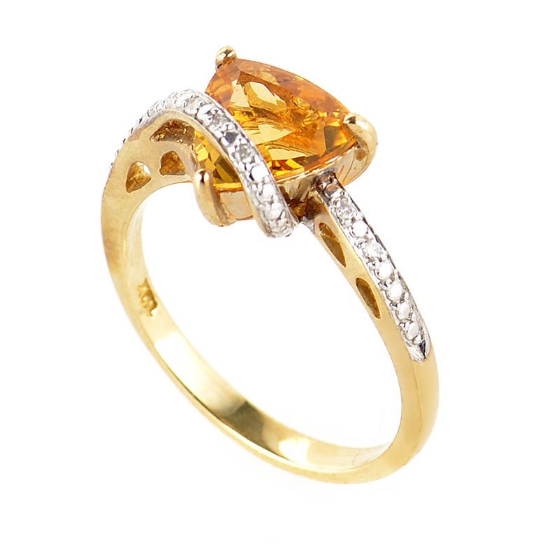 10K Yellow Gold Citrine and Diamond Ring LC1-01231