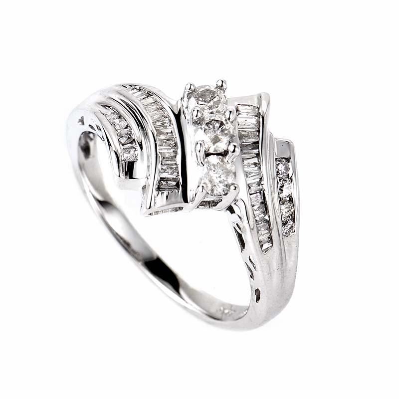 Brilliant 10K White Gold & Diamond Ring