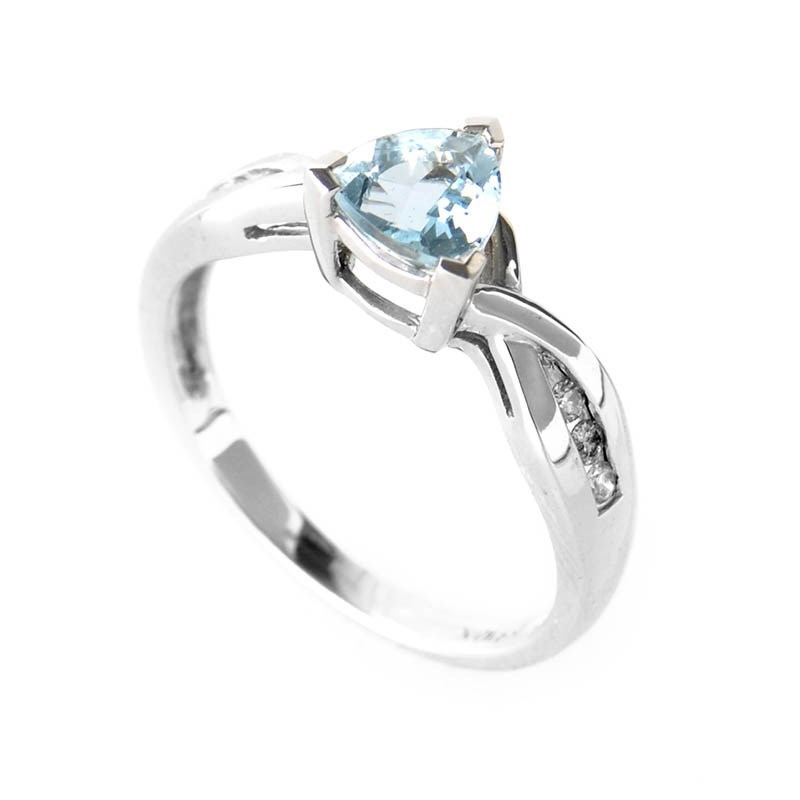 10K White Gold Triangular Aquamarine & Diamond Ring
