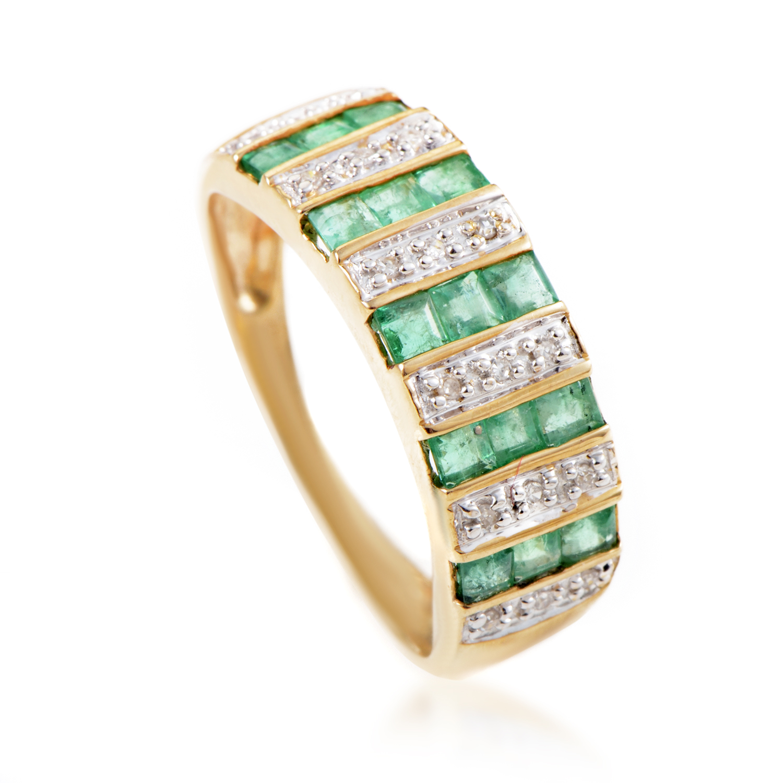 Women's 14K Yellow Gold Diamond & Emerald Band Ring PSB05-011214