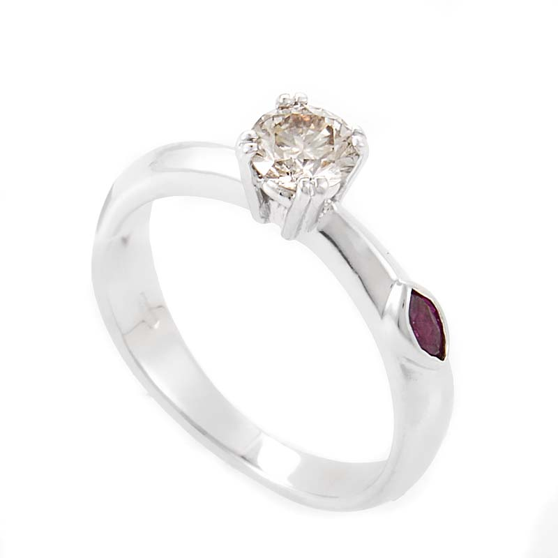 roberto coin 18k white gold chagne ruby