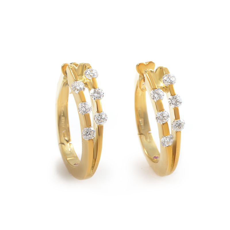 Womens 18K Yellow Gold Diamond Hoop Earrings