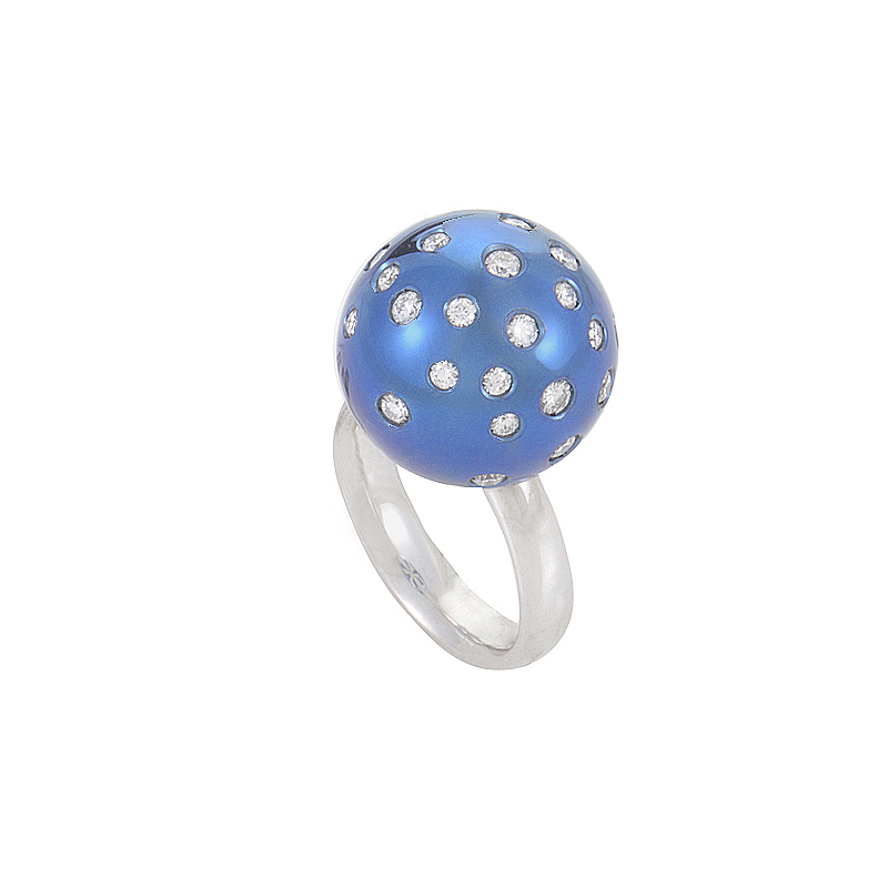 18K White Gold Blue Sphere Diamond Ring