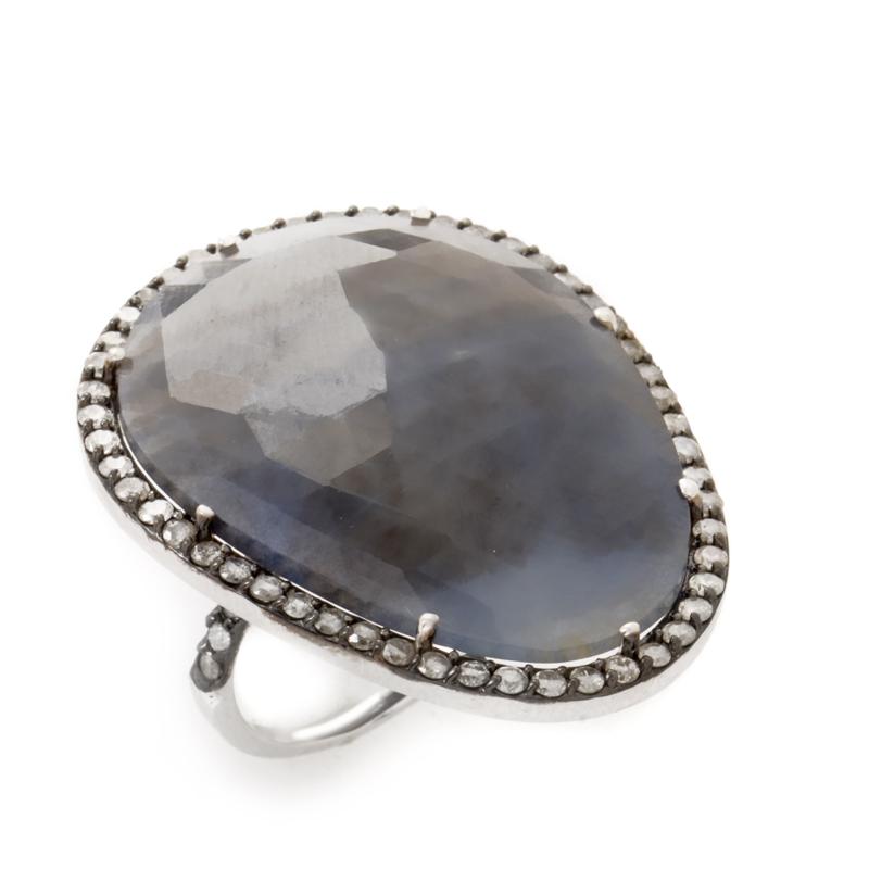 18K White Gold Labradorite Diamond Ring