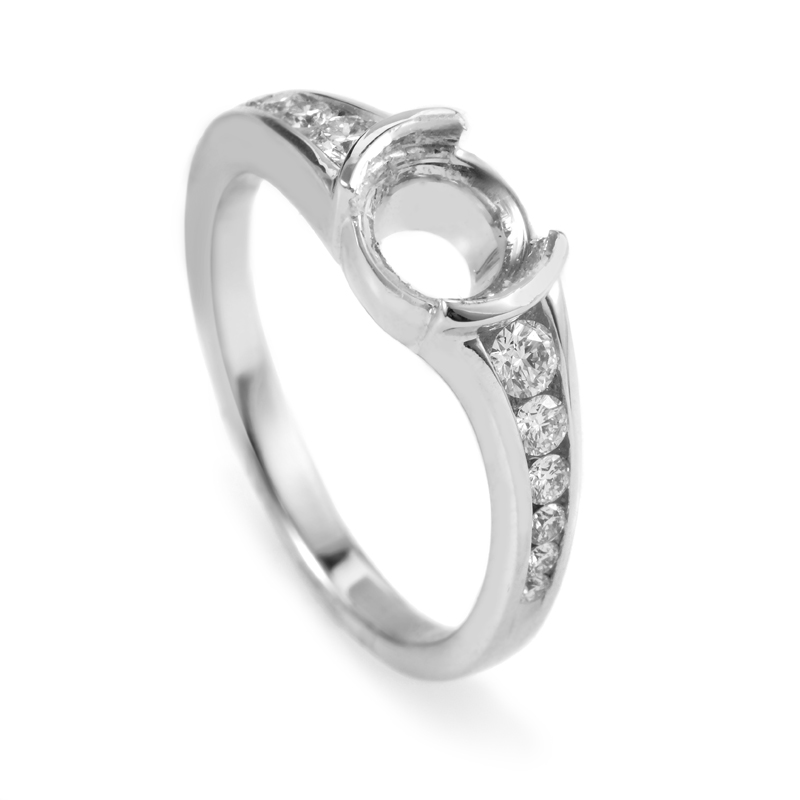 18K White Gold Diamond Engagement Ring Mounting MR2294