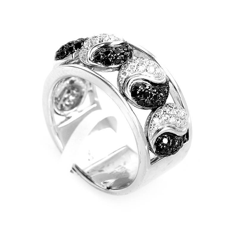 18K White Gold Diamond Yin Yang Band Ring