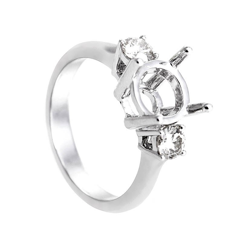 Elegant 18K White Gold Diamond Bridal Mounting
