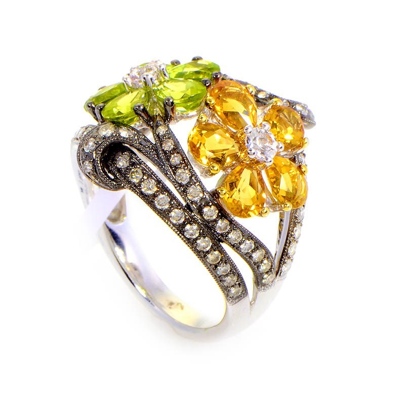 18K White Gold Citrine Flowers & Diamond Ring