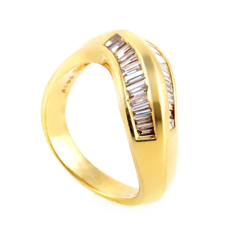 Wavy 14K Yellow Gold Diamond Band Ring