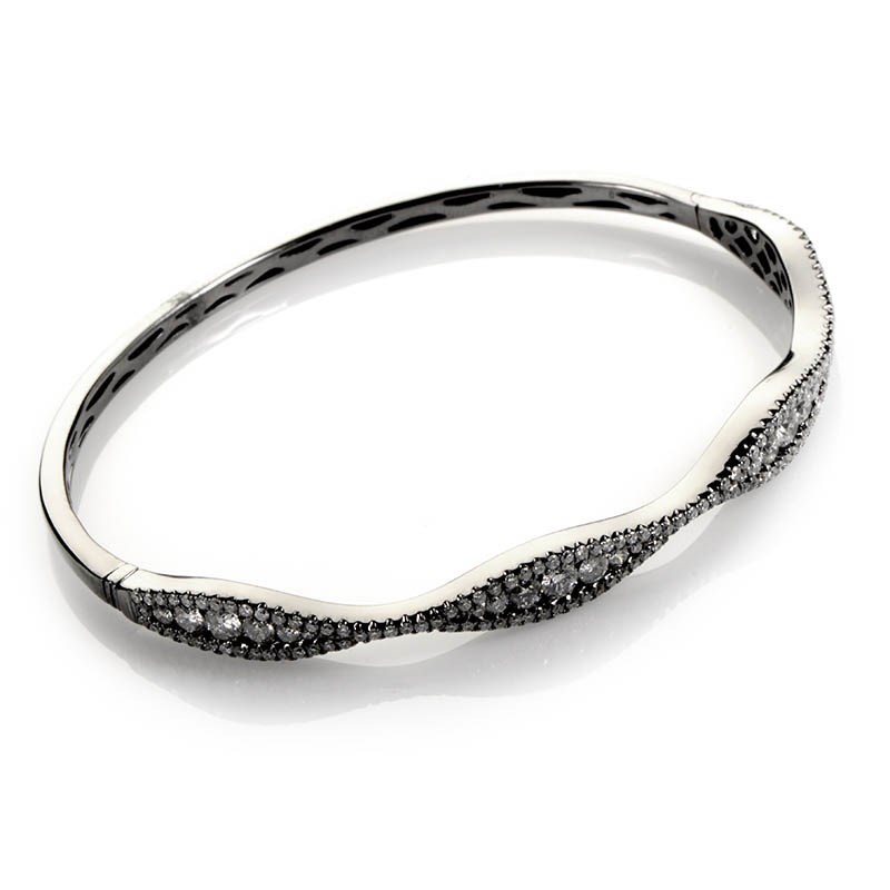 18K White Gold Diamond Bangle Bracelet BT20-93961BFZZ